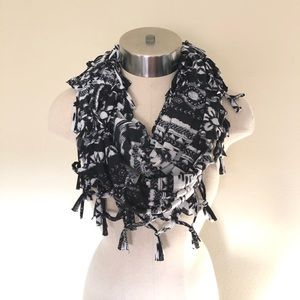 Justice Girls black and white fringe scarf.